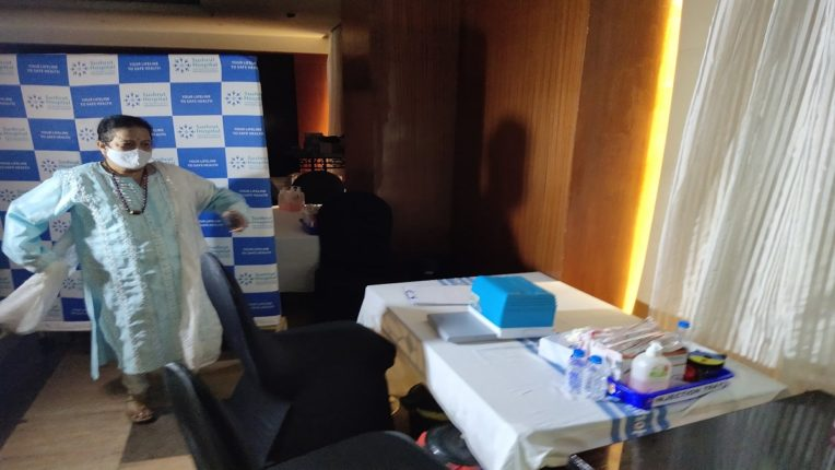 Vaccination with all the rules in place; After the mayor visited The Lalit Hotel, a shocking incident took place