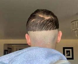 फॅन्सी हेअरकटचे वांदे! लॉकडाऊनमुळे पुन्हा घरीच केस कापण्याची वेळ