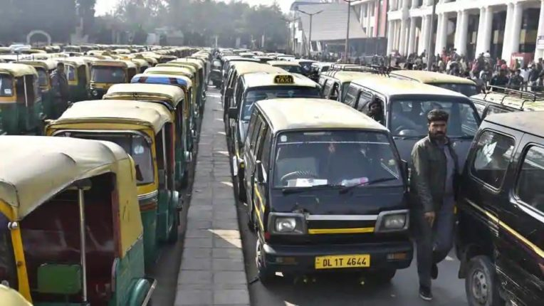 5000 assistance to rickshaw and taxi drivers Free ration for two months - Chief Minister Kejriwal's announcement
