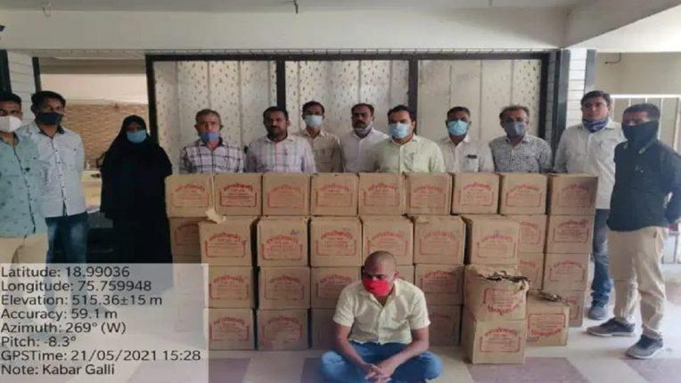 बीड शहरात ५७ बॉक्स देशी दारु जप्त; राज्य उत्पादन शुल्क विभागाची कारवाई