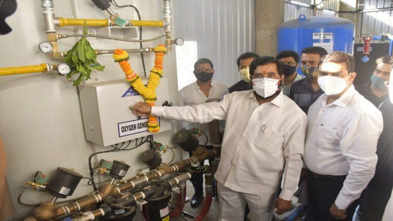 ठाण्यात ऑक्सिजन प्लांटची उभारणी ; महाराष्ट्र दिनी ऑक्सिजन बँक संकल्पनेचे नगरविकास मंत्र्यांकडून शुभारंभ