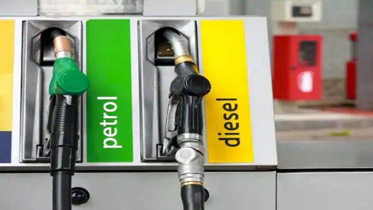 रिलायन्स आणि भारत पेट्रोलियमचे कौतुकास्पद पाऊल, कोविड ॲम्ब्युलन्सला मिळणार मोफत इंधन