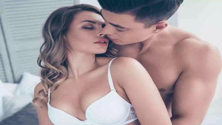 Sex Tips – पुरुषांमधील हे गुण महिलांना करतात आकर्षित, मन वळवण्यासाठी होईल उपयोग