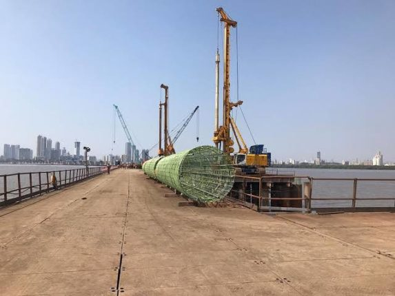 135 boats hit by Trans Harbor Link; Review by MMRDA Commissioner