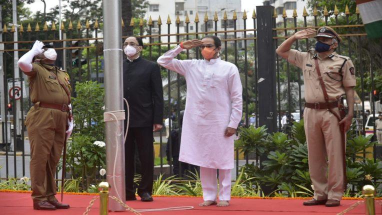 महाराष्ट्र दिनानिमित्त मुख्यमंत्री उद्धव ठाकरे यांचे हुतात्म्यांना अभिवादन…