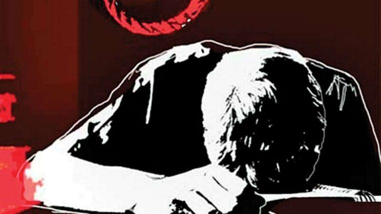 तिसऱ्या माळ्यावरून उडी घेऊन रुग्णाची आत्महत्या; सुपर स्पेशालिटी हाॅस्पिटलमधील घटना