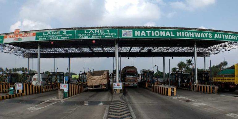 पुणे- बंगलोर राष्ट्रीय महामार्गावर प्रवास करणाऱ्या वाहनधारकांना टोलचा झटका