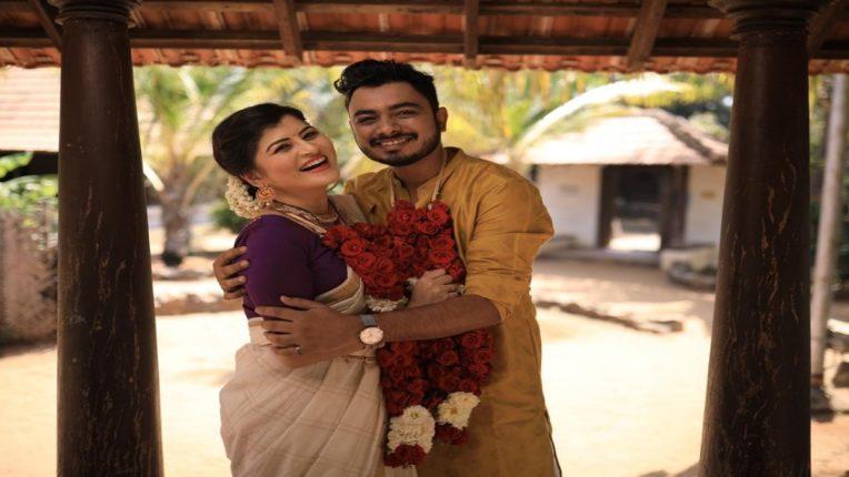 चाहत्यांसाठी खूषखबर, गायिका 'सावनी रविंद्र'चं मल्याळम गाणं रिलीज!