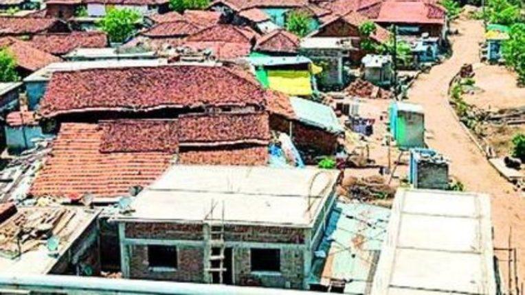 गावकऱ्यांनी घरे न सोडल्यास नुकसान भरपाई नाही; शासकीय धोरणामुळे गावकरी नाराज