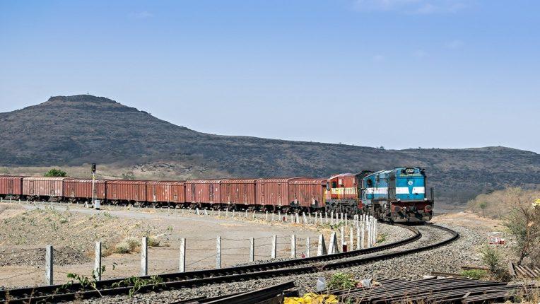 कोरोना कालावधीतही मध्य रेल्वेने मे महिन्यात केली ६.३२ दशलक्ष टन मालवाहतूक