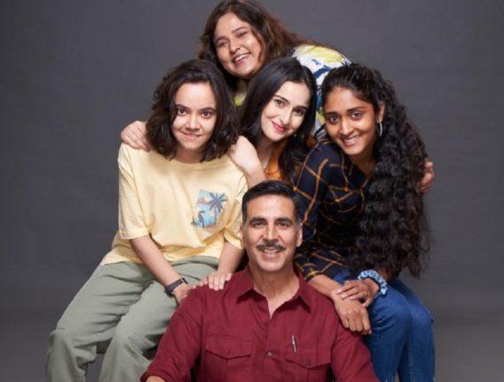 अक्षय कुमारच्या 'या' चित्रपटाचे शूटिंग सुरू, बहिणीला समर्पित केला चित्रपट!