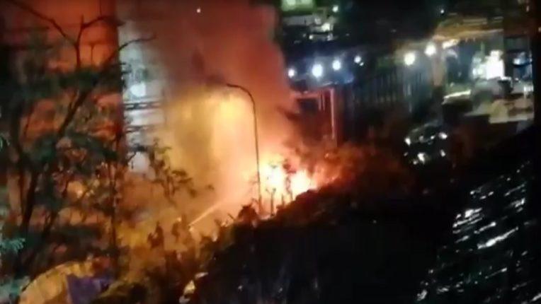 VIDEO : महाड एमआयडीसीतील लक्ष्मी ऑरगॅनिक्स कंपनीच्या युनिट दोन मध्ये भीषण आग, पोलीस व अग्निशमन दल घटनास्थळी दाखल; आगीवर नियंत्रण मिळविण्याचे प्रयत्न सुरू