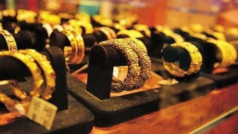 सोने, चांदीच्या दरात मोठी घसरण, आजचा सोन्याचा दर किती ? : जाणून घ्या सविस्तर