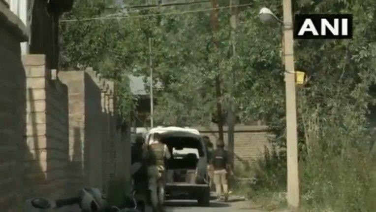अटक केलेला 'लष्कर-ए-तोयबा'चा टॉप कमांडर चकमकीत ठार ; जम्मू काश्मीरमध्ये सुरक्षा दलांना मोठं यश