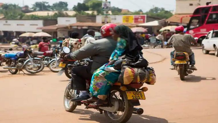 ही बातमी म्हणजेच एड्सला निमंत्रण : 'या' देशात चालकांना प्रवास भाडे देण्यापेक्षा मिळतेय सेक्सची ऑफर!