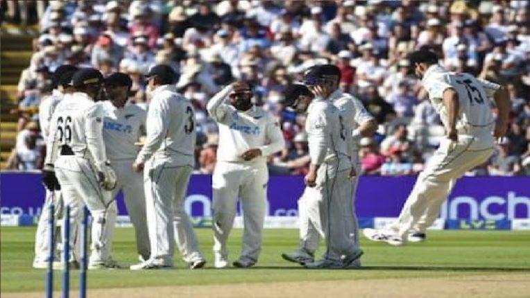 इंग्लंड ऑलआऊट, न्यूझीलंडचा दणदणीत विजय ; भारताचं टेन्शन वाढवलं