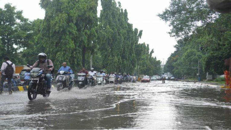 मुंबईत मुसळधार, रत्नागिरी, सिंधुदुर्गात ऑरेंज अलर्ट, राज्यात कुठे-कुठे पाऊस? : वाचा सविस्तर