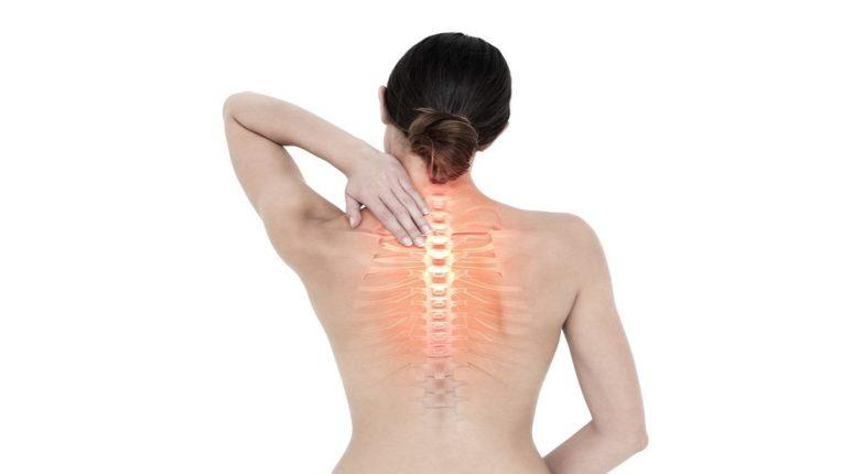 महिलांनो वेळीच व्हा सावध अन्यथा मेनोपॉजनंतर (menopause) ऑस्टियोपोरोसिस अर्थात हाडे ठिसूळ होण्याचा धोका