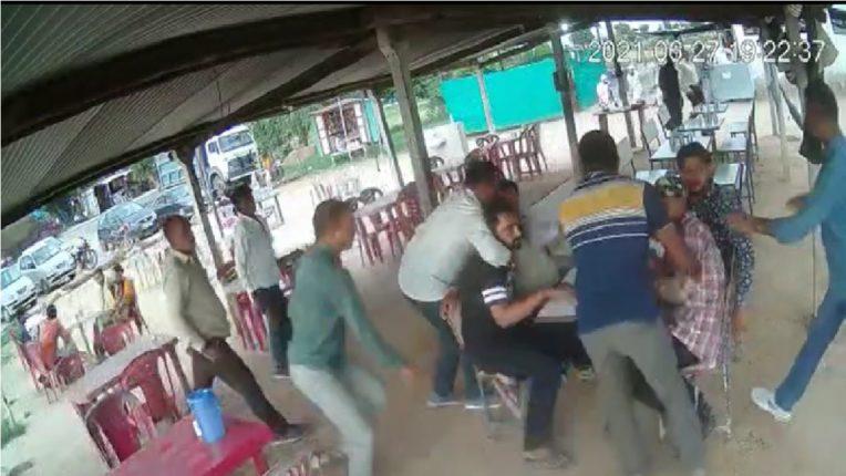 बलात्कार आणि खंडणीच्या गुन्ह्यातील आरोपीला पोलिसांनी केली फिल्मी स्टाईलमध्ये अटक, संपूर्ण घटना सीसीटीव्हीमध्ये कैद ; काय आहे प्रकरण ?