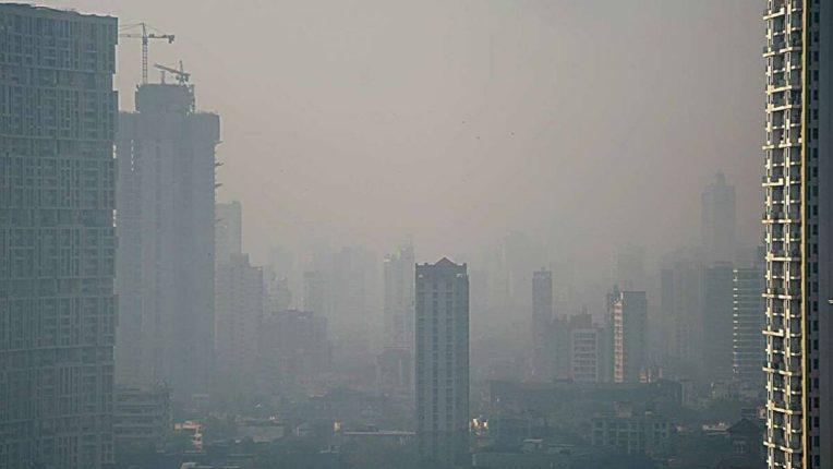 वायू प्रदूषणामुळे भारतीयांचे आयुर्मान ९ वर्षांनी होऊ शकते कमी,ईपीआयसी अहवालातील निष्कर्षांमुळे चिंता वाढली