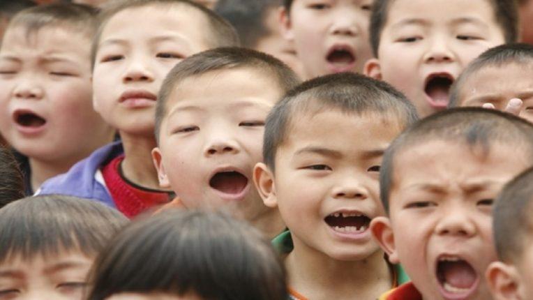 जन्मदरवाढीसाठीचा अट्टाहास : जितकी मुले, तितके जास्त पैसे मिळणार; चीनचे 'हे' शहर मुलामागे पैसे देणार, जाणून घ्या नेमकं प्रकरण