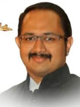 सोलापूरला लसीचा अपुरा पुरवठा ; डॉ. धवलसिंह मोहिते-पाटील यांची तक्रार