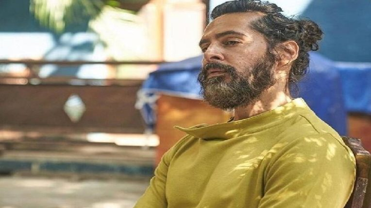 १४,५०० कोटींच्या घोटाळ्याशी संबंध असल्याचा आरोप: ED ने अभिनेता दिनो मोरिया, संजय खान आणि डीजे अकील यांची कोट्यावधींची मालमत्ता केली जप्त