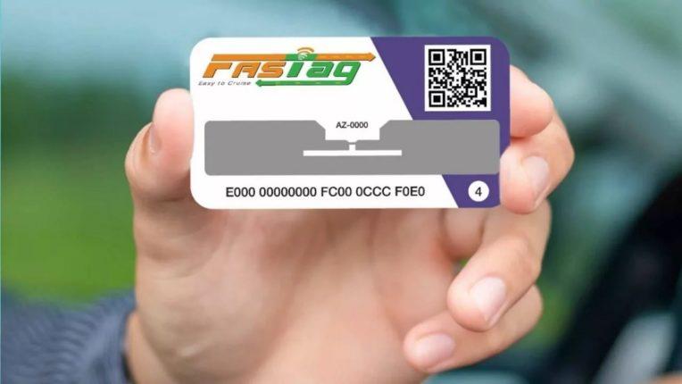 ना कॅश, ना कार्ड आता फास्टॅगने ही पॅट्रोल भरता येणं शक्य… पण कसं? जाणून घ्या लगेच