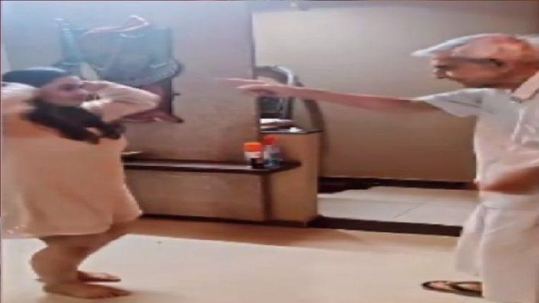 म्हणतात ना वयाला बंधंन नसते! नातीसोबत आजोबांनी केला भन्नाट डान्स अन् व्हिडिओ झाला तुफान व्हायरल…