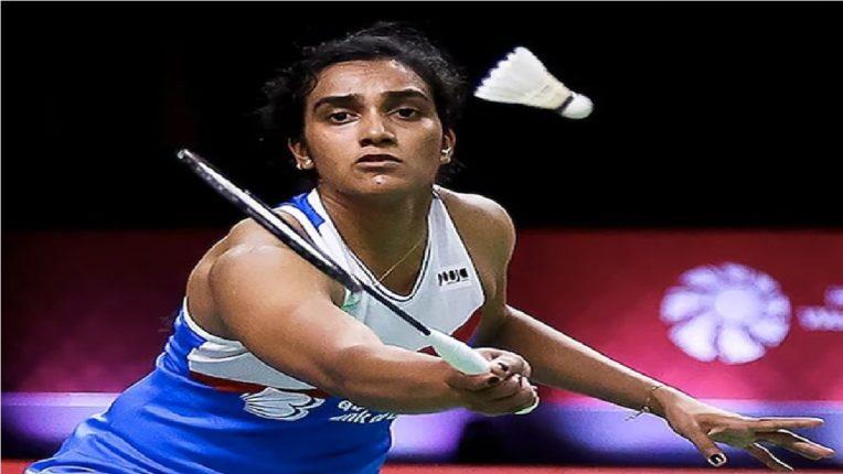 भारताची स्टार बॅडमिंटनपटू पी. व्ही. सिंधूची सेमीफायनलमध्ये धडक, जपानच्या खेळाडूला धक्का