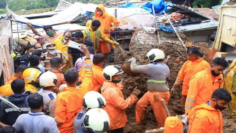 Natural calamity on Mumbai; Ridge of leaders to visit accident victims!