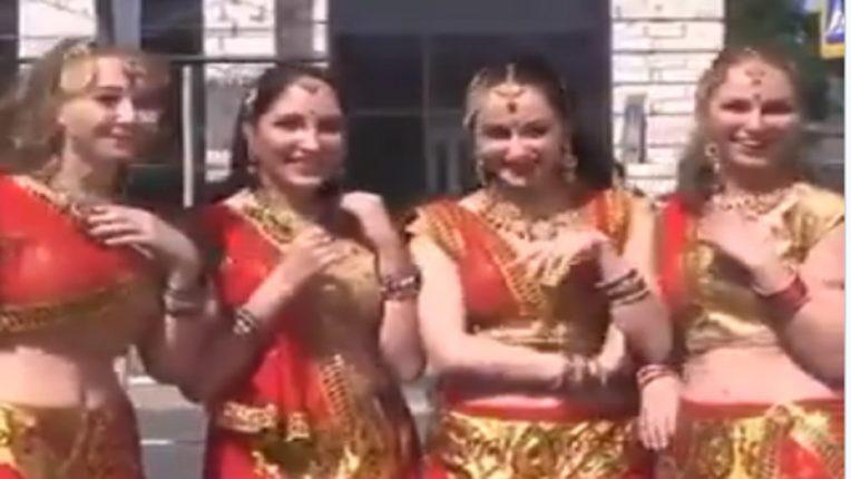 russian doing bhangra