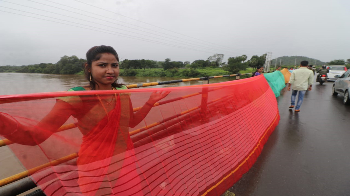 saree for river