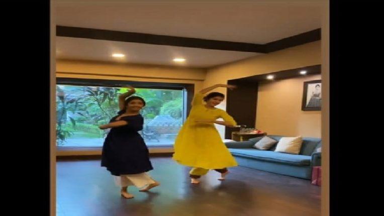 'स्टार किड' कपूर गर्लचा कथक Dance Video Viral; बॉलिवूडमध्ये एंट्रीसाठी झालीये सज्ज