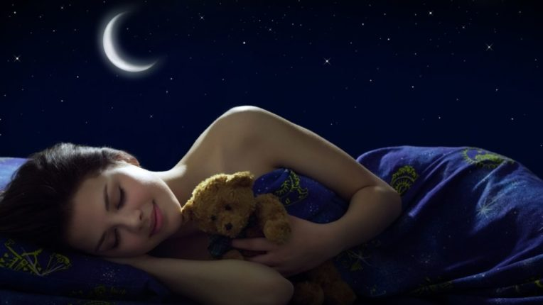'या' पाच स्वप्नांबद्दल चुकूनही दुसऱ्यांना सांगू नये; का ते जाणून घ्या