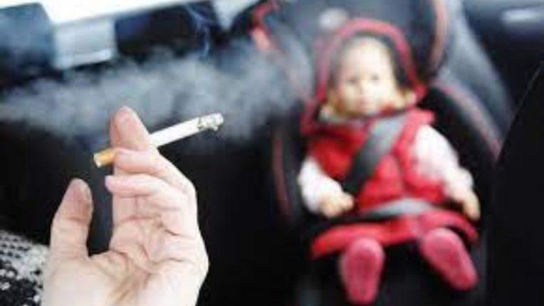 धूम्रपान करणाऱ्यांच्या आसपास वावरणेही धोक्याचे