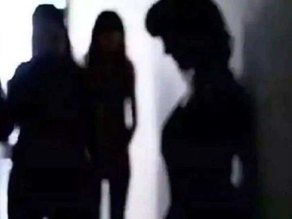 मुंबई पोलिसांच्या क्राइम ब्रांचने केला हायप्रोफाइल सेक्स रॅकेटचा पर्दाफाश, अभिनेत्री घ्यायची दोन तासांचे दोन लाख रुपये