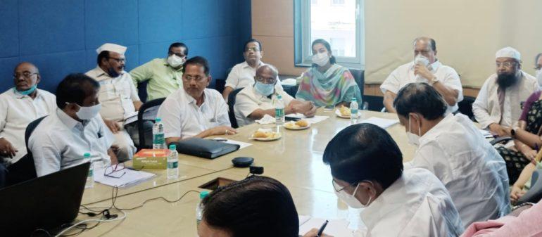 राज्यात लवकरच यंत्रमाग कामगार कल्याणकारी मंडळ ; मुंबईत झालेल्या बैठकीत निर्णय