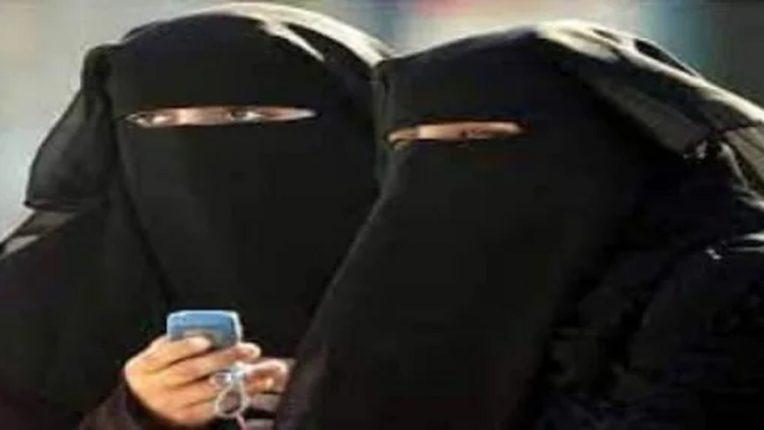 दोन बायकांमुळे नवरा त्रस्त, सासूबाईनं शोधला अजब उपाय अन् गावभर होतेय चर्चा