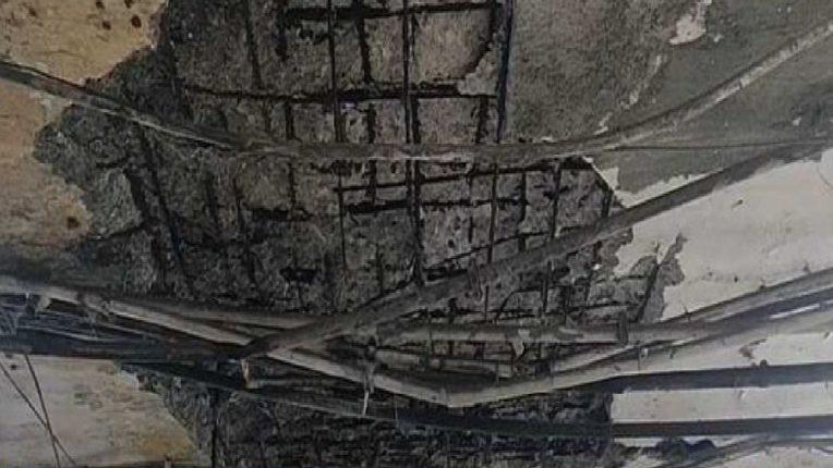 एपीएमसी मार्केटमध्ये छताचा स्लॅब कोसळल्याची दुर्घटना, नागरिकांमध्ये भितीचं वातावरण