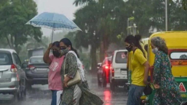 महाराष्ट्रातील 'या' जिल्ह्यांना पाऊस झोडपणार; हवामान खात्याचा इशारा