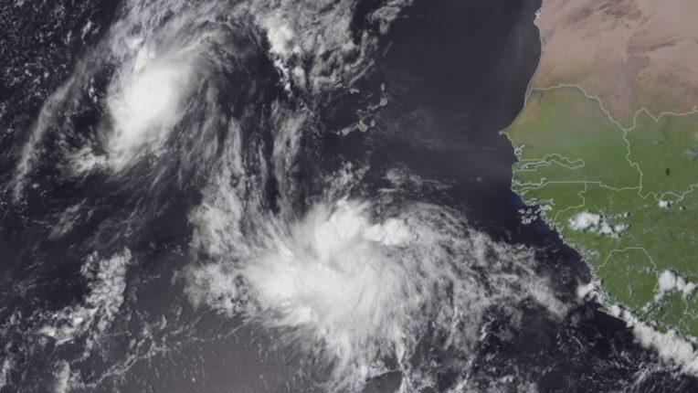 Cyclone 'Rose' threatens Maharashtra