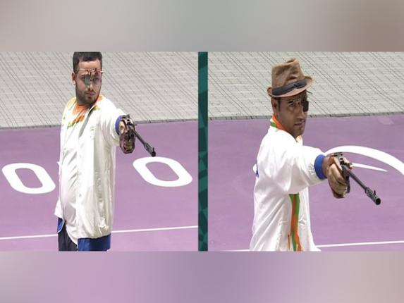 मनीष नरवालने साधला 'सुवर्ण' वेध तर सिंहराज अधानाने जिंकले 'रौप्य पदक'
