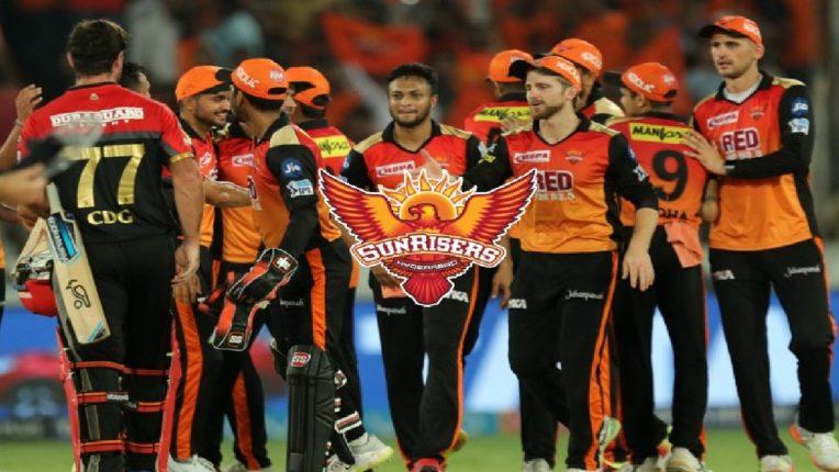 सनरायझर्स हैदराबाद संघाला मोठा धक्का, कोरोनाच्या विळख्यात सापडला हैदराबादचा खेळाडू ; आजचा सामना तळ्यात-मळ्यात?