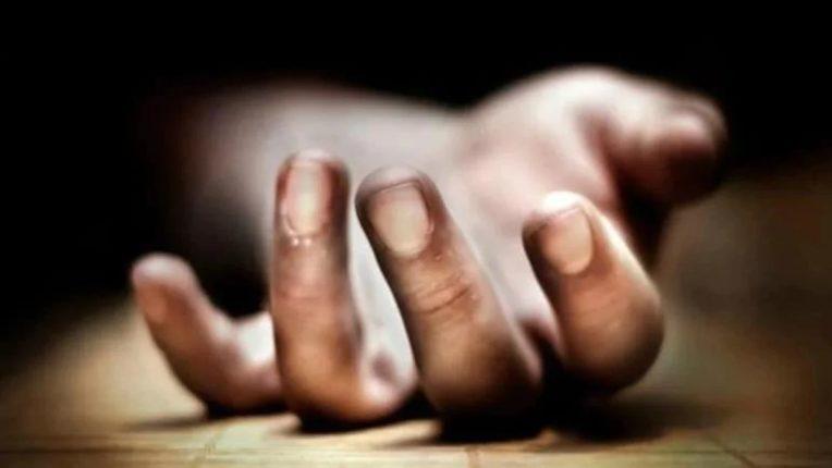 सावकारांच्या जाचाला कंटाळून दोघांची आत्महत्या; हातावर आरोपींच्या नावांचा उल्लेख