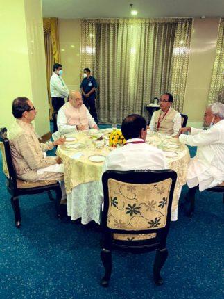 नक्षलग्रस्त भागांचा विकास करण्यासाठी राज्याला १२०० कोटींचा निधी द्या – मुख्यमंत्री