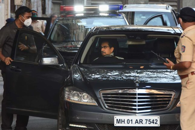 Unidentified car enters Chief Minister Uddhav Thackeray's convoy; Filed a crime against the driver