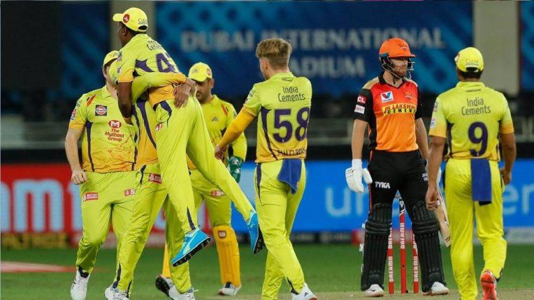 हैदराबादला दोन मोठे धक्के, कर्णधार केन विल्यमसन 11 धावा करुन बाद