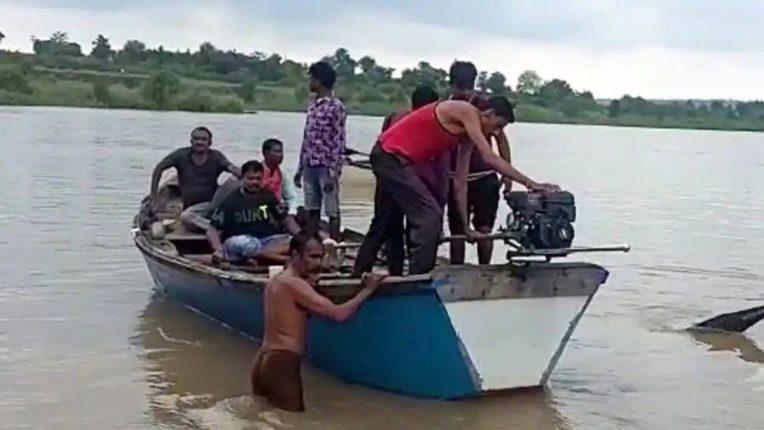 वर्धा नदीतील दुर्घटना; ११ जणांचे मृतदेह सापडले, बोट बुडण्याआधीचा व्हिडिओ आला समोर
