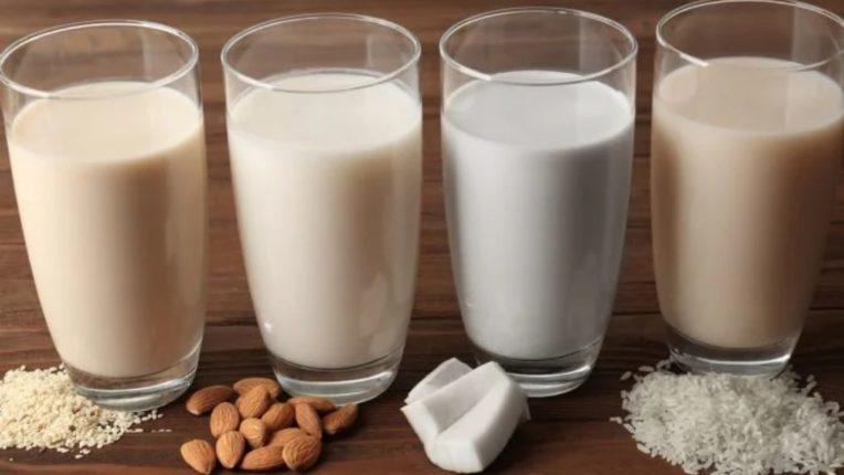 उत्तम आरोग्यासाठी प्या प्रथिनेयुक्त दूध